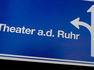 Theater an der Ruhr  :  a conversation